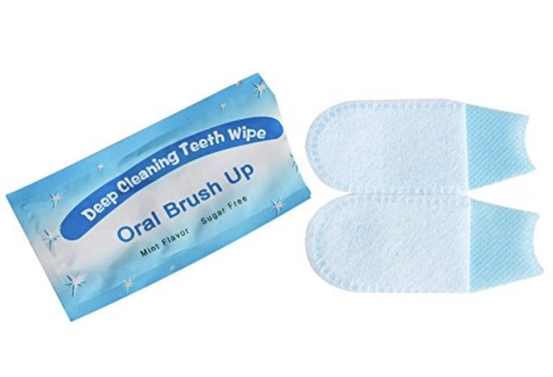 Oral Brush Up: Deep Cleaning Teeth Wipes